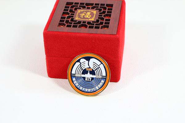 定制纪念徽章
